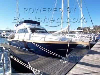 Viking 32 Fly For Sale, 10 00m, 2005