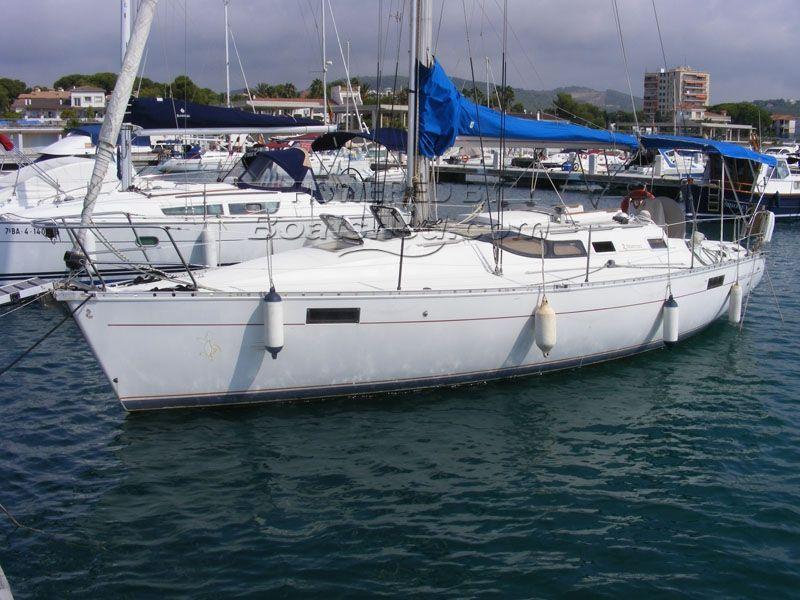 Beneteau Oceanis 350 2 Cabin Layout