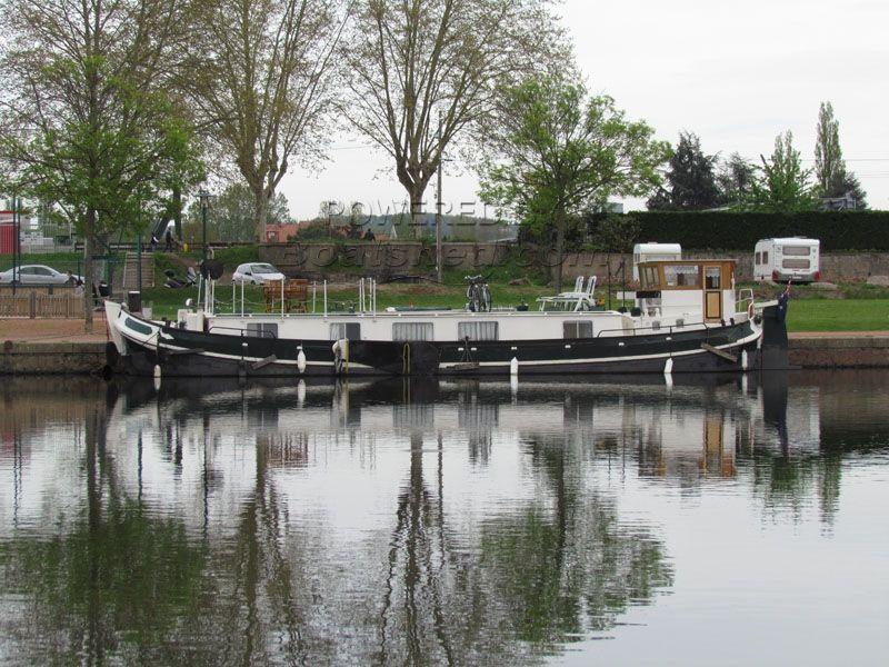 Dutch Tjalk Live Aboard Dutch  Barge