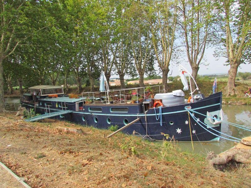 Dutch Luxemotor Hotel Charter Barge