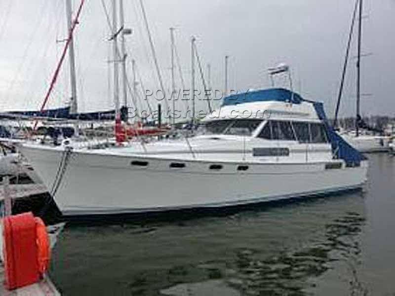 Bayliner 3888 Motor Yacht For Sale 11 81m 1990