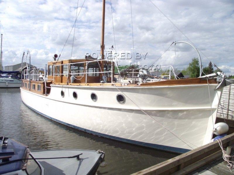 Thornycroft Classic TSDY 1930's Gentleman's Motor Yacht