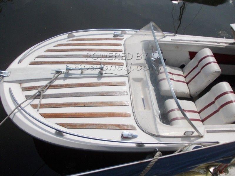Broom Scorpio  Day Boat
