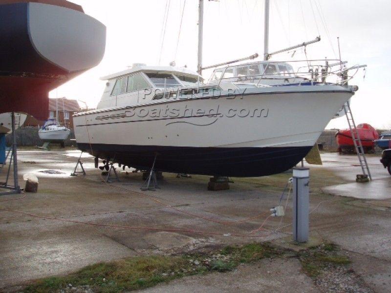 Princess 37 Sedan V Hull