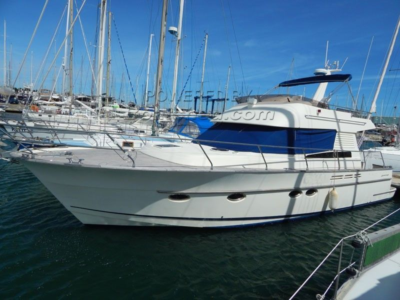 ACM Dynasty 43 Fly Bridge Sports Cruiser