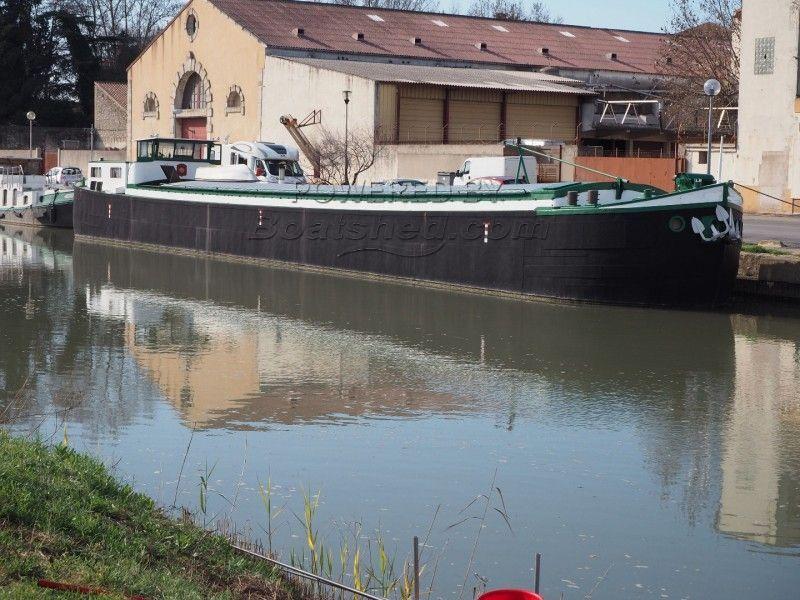 Peniche Freycinet Live Aboard Barge