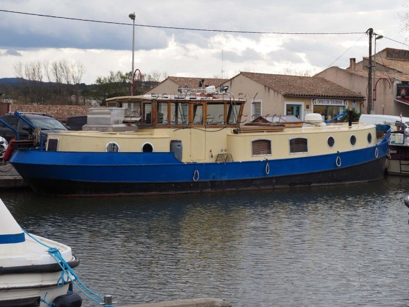 Dutch Barge Luxe Motor : Dry Docked In 2017 For Hull Inspection, Re-paint And New Anodes