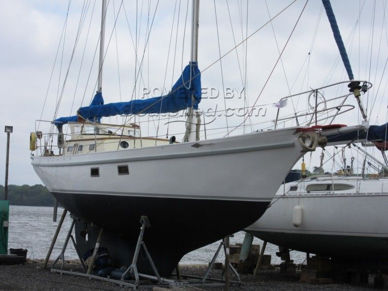 Endurance 35 Cutter Rigged Ketch For Sale, 10 67m, 1974
