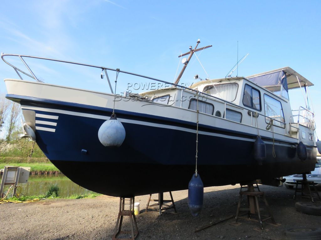 Dutch Steel River Cruiser CASCARUDA