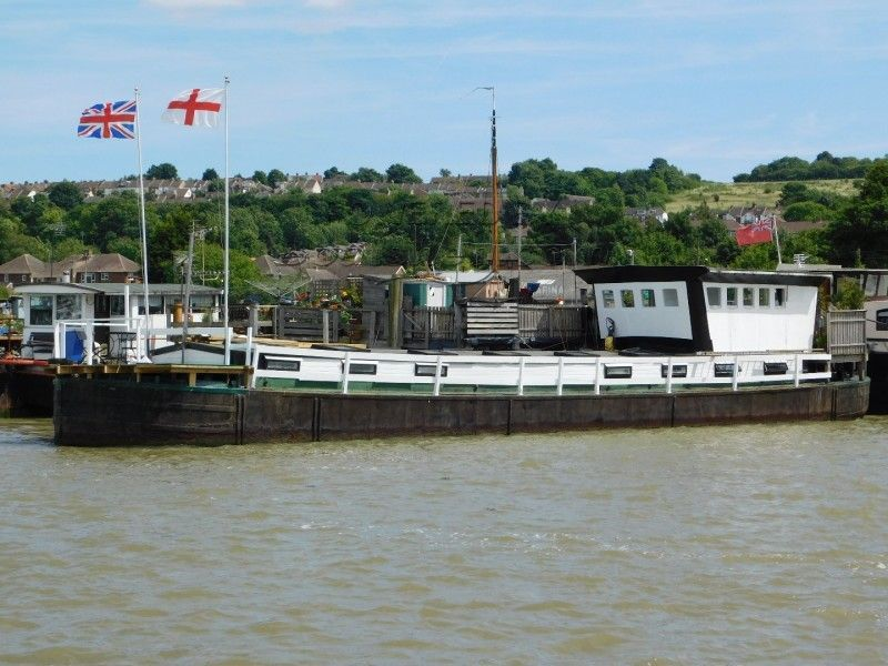 Houseboat 100ft £60,000 Spent On Hull!  P/X Considered! Recent Survey.