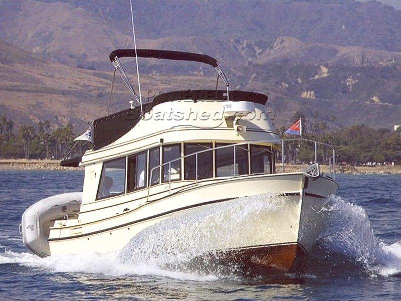 Camano 31 Trawler Single Volvo 200 Hp With Bow Thruster