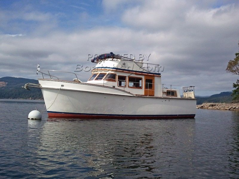 Cheoy Lee 32 Trawler Tri- Cabin / Twin Perkins