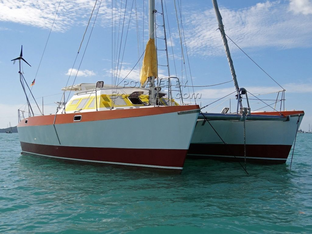 Hitchhiker 40 Catamaran