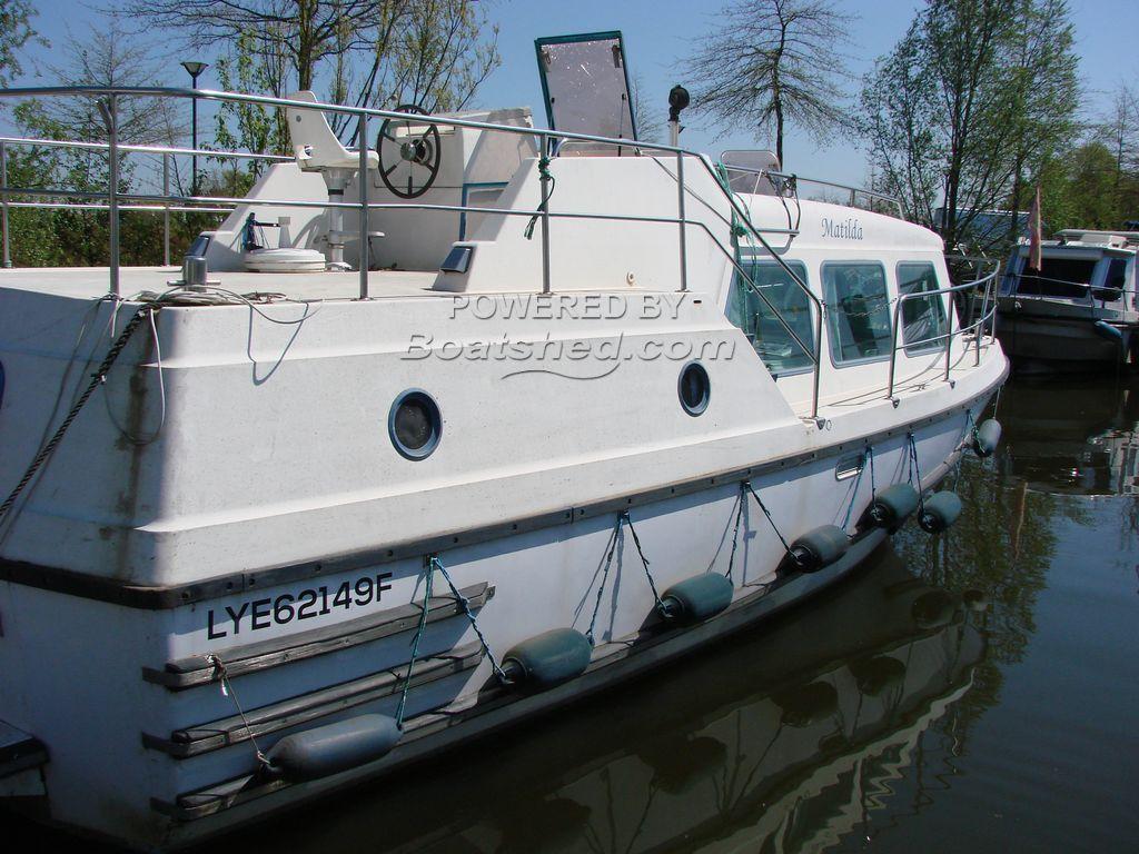 Motor Cruiser 32ft VETUS SHEBA Canal & River Cruiser, Moorring Paid Until MAY 2021