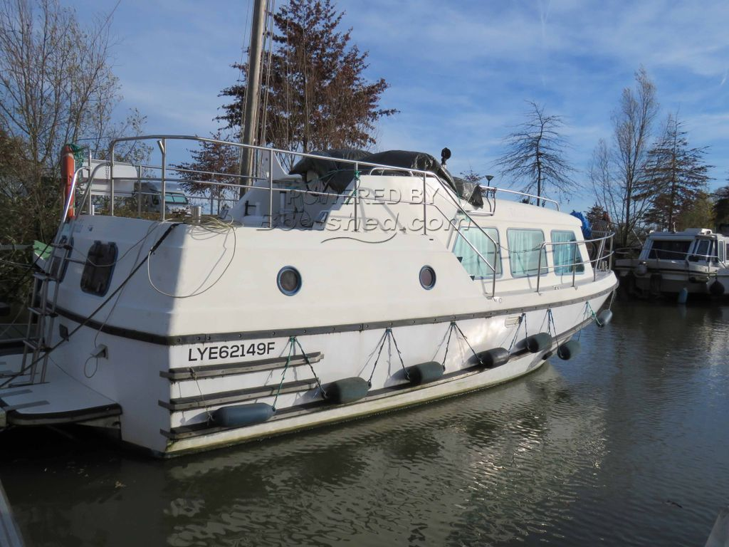 Motor Cruiser 32ft VETUS SHEBA Canal & River Cruiser