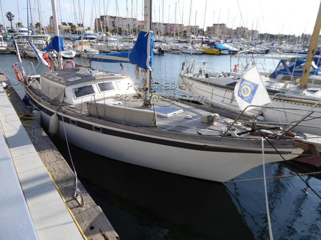 Endurance 35 Ketch