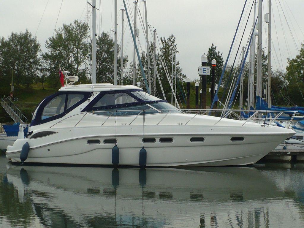Sealine S43 Shaft Driven Sports Cruiser