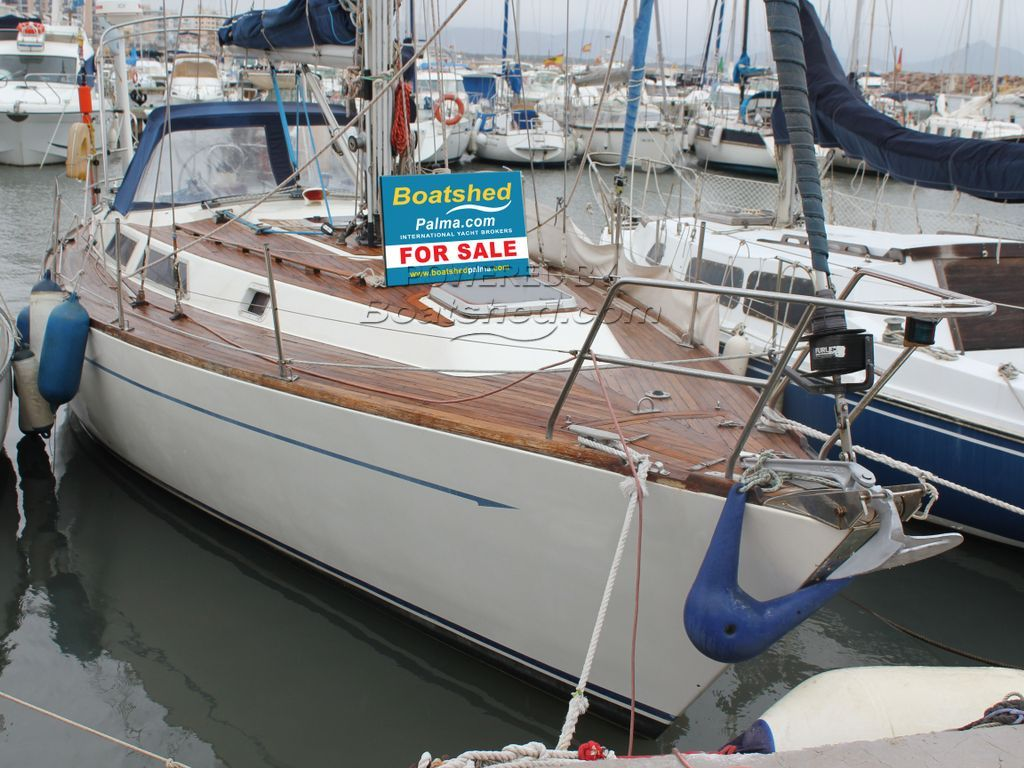 Oyster  Heritage 37
