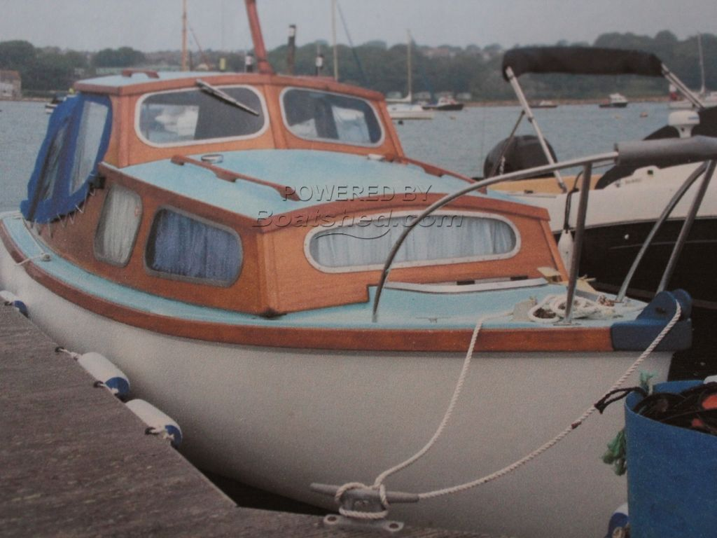 Parkstone Bay 21' Cruiser