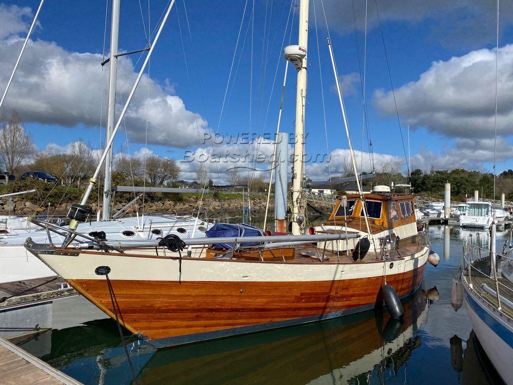 Wooden  Custom Wood-epoxy Classic Cruising Sailboat