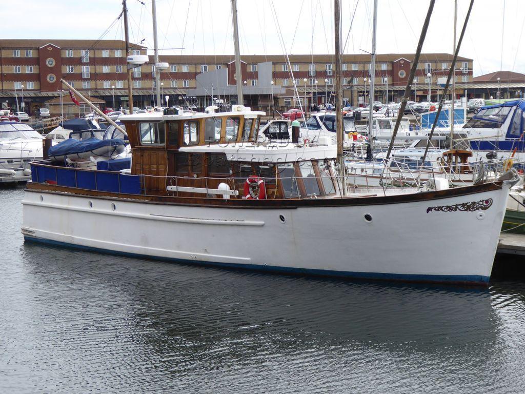 Gentlemans Yacht