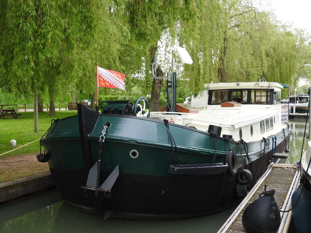 Dutch Barge 17m