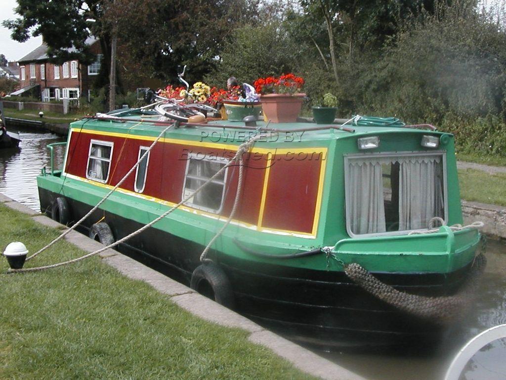 Narrowboat 28ft Cruiser Stern Springer