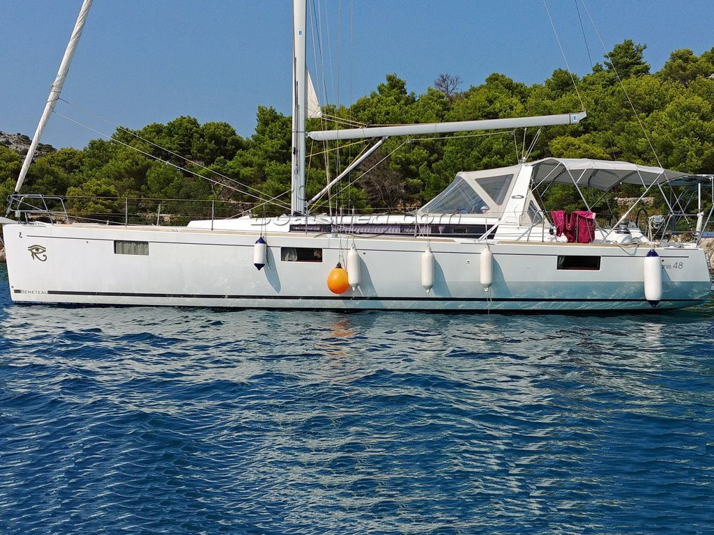 Beneteau Oceanis 48 5 Cabins Version - One Owner From New