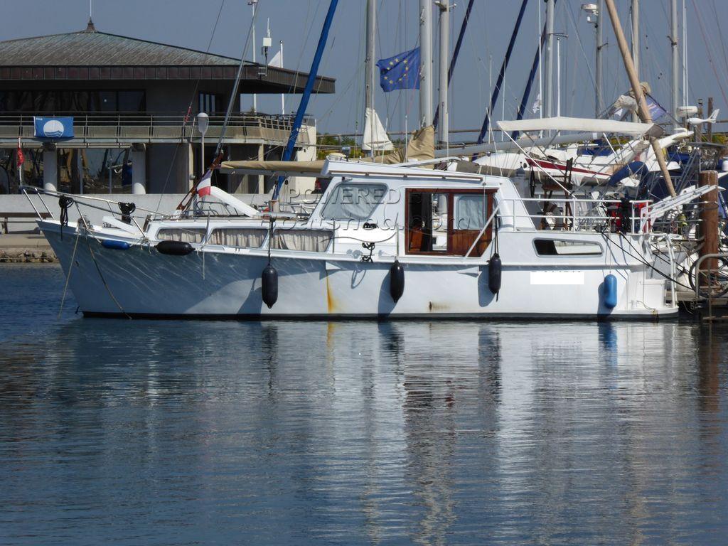 Dutch Steel Motor Cruiser 35 Foot Sea And Inland Cruiser
