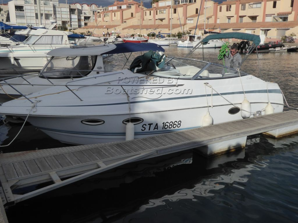 Chris Craft 26 Crowne Sports Express Cruiser