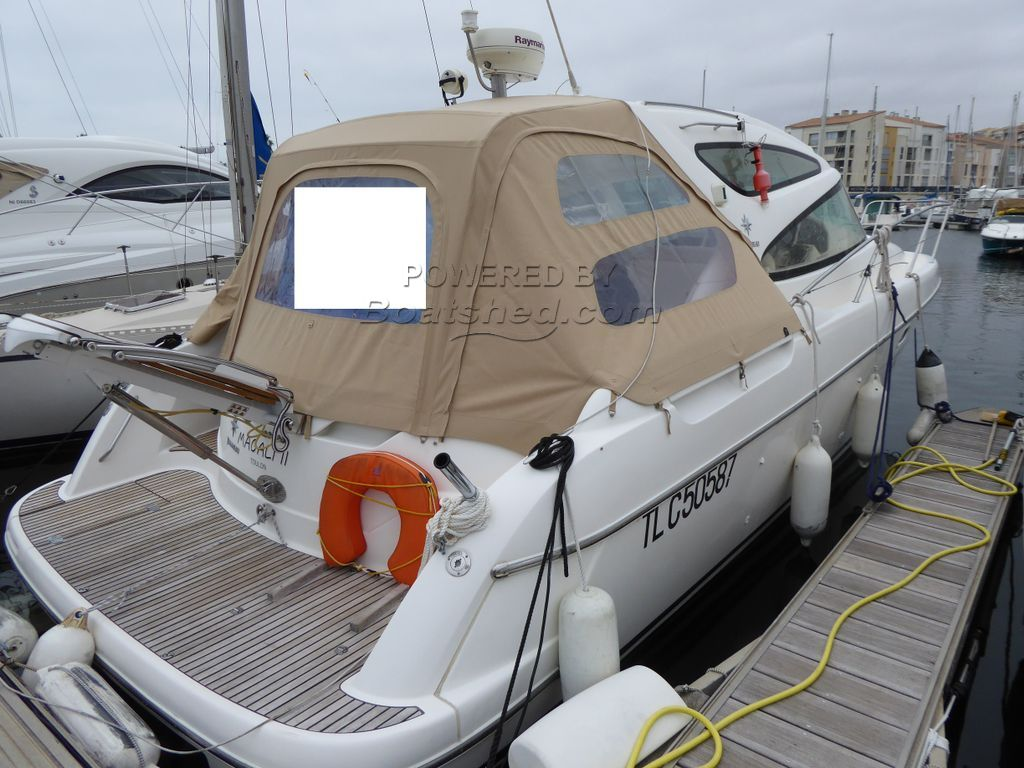Jeanneau Prestige 34 Sport Top Express Cruiser