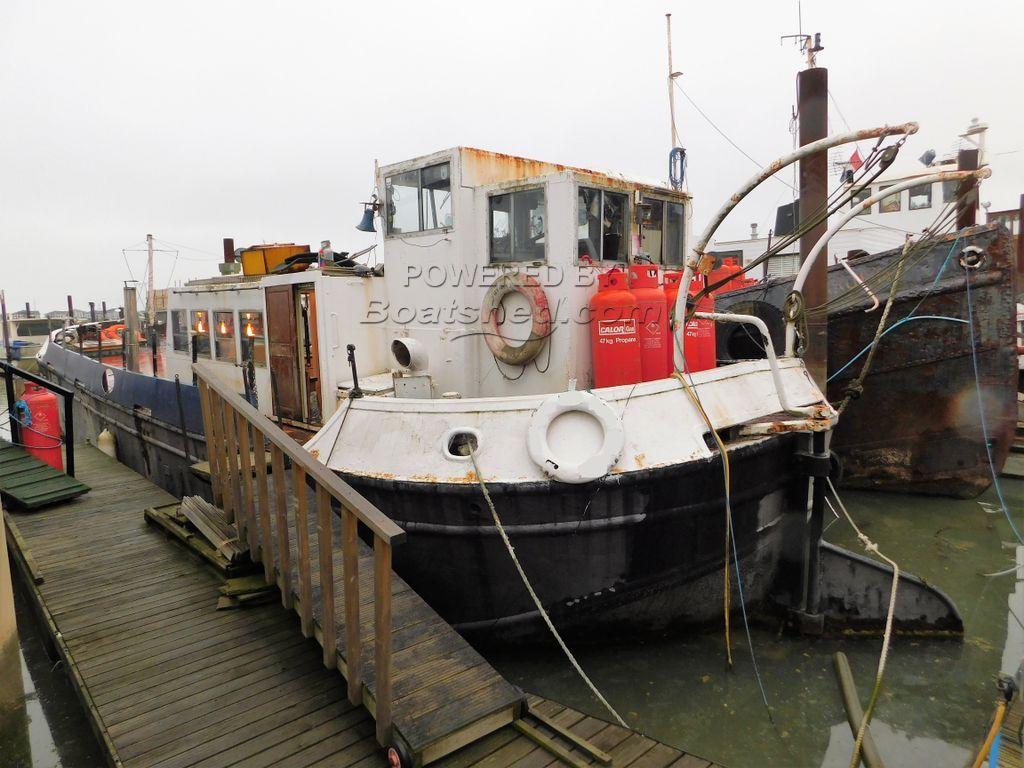 Humber Keel 65' Barge House Boat