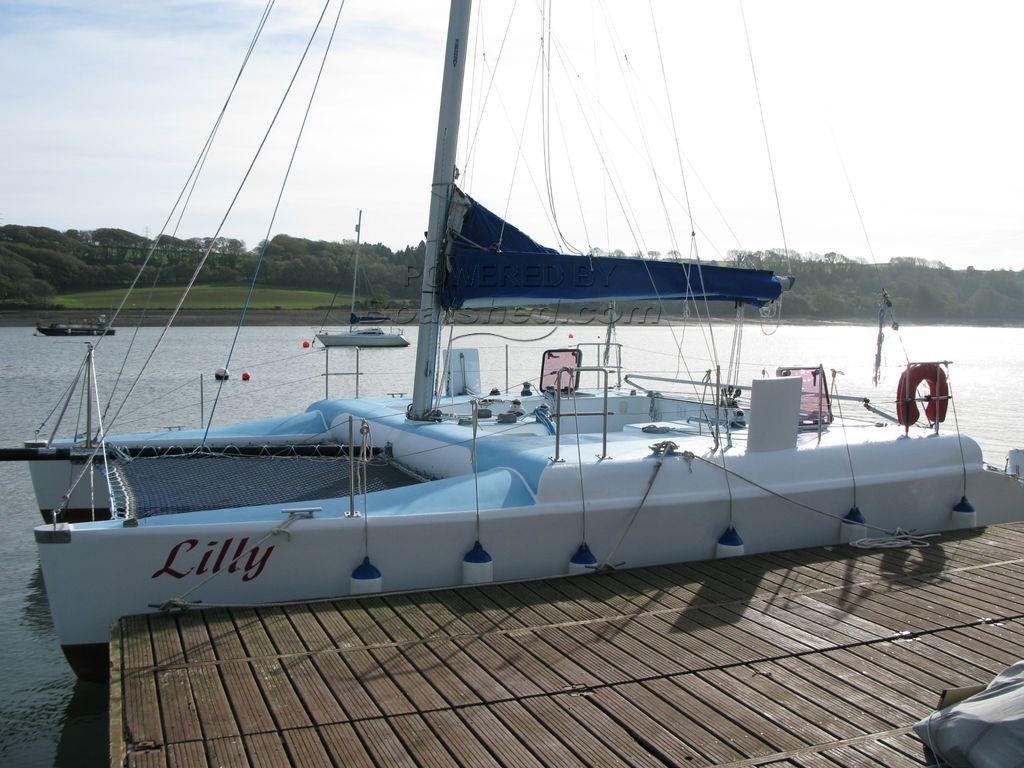 KSS R30 Open Deck Racing Cat