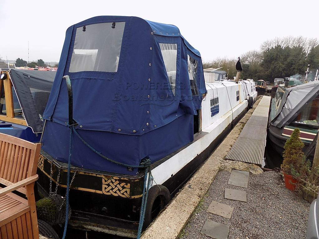 Narrowboat 65ft Cruiser Stern - Cruiser Stern