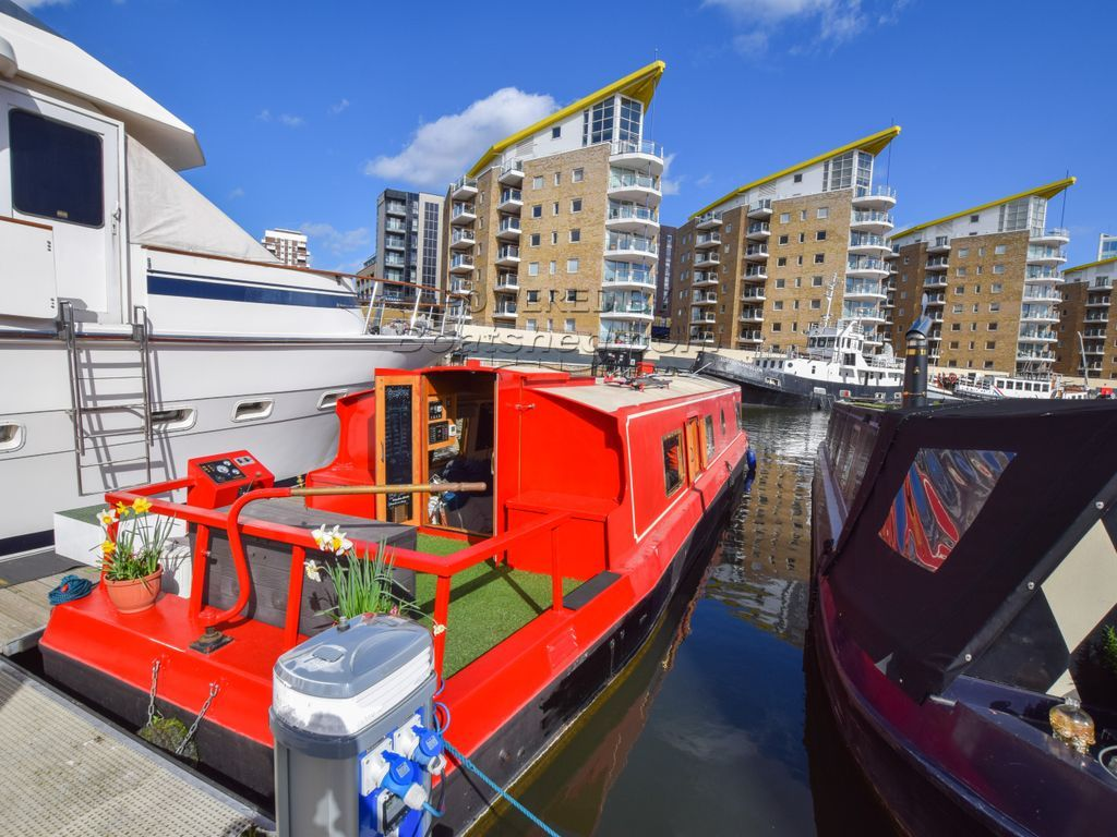 Wide Beam 45ft With London Mooring