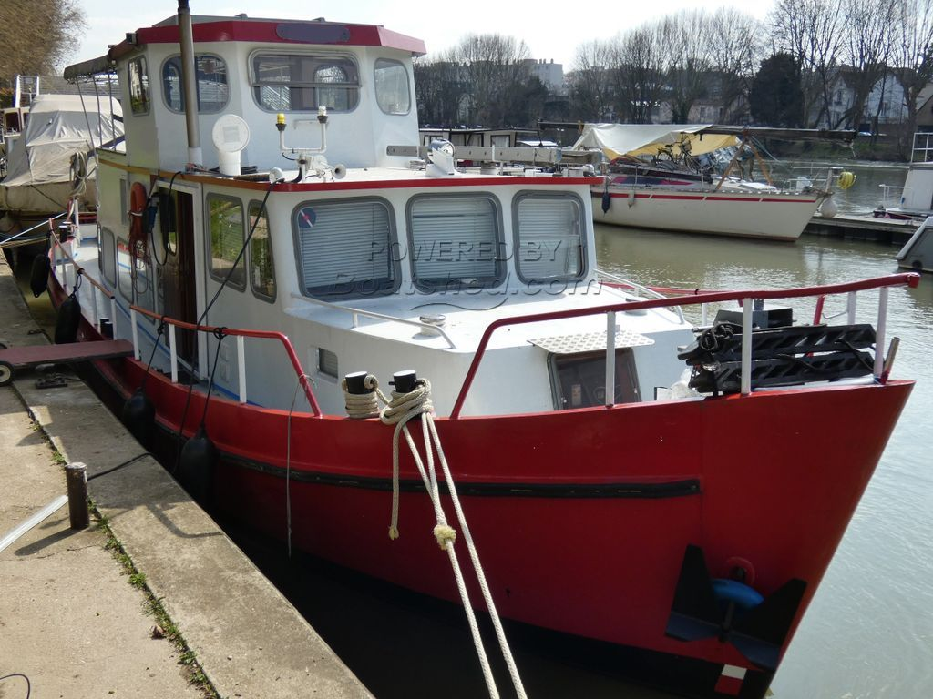 Dutch Steel Motor Cruiser 48ft EX TUG - LIVE ABOARD