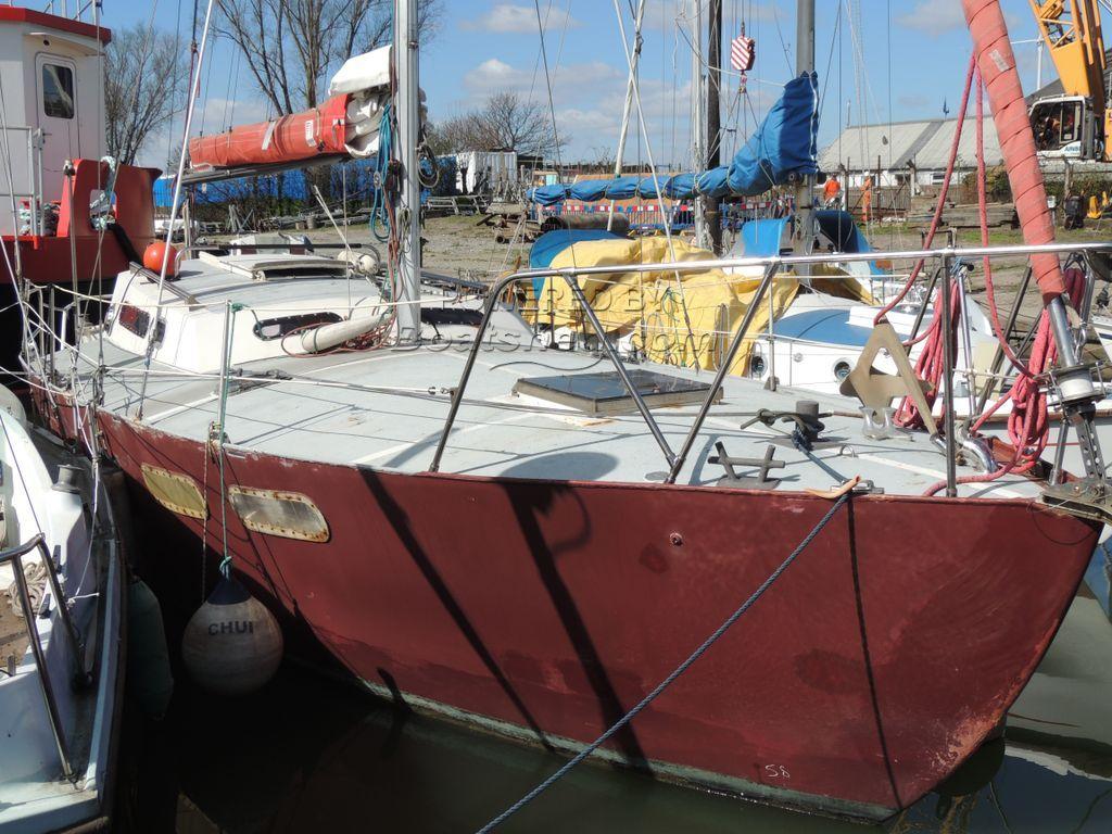 Leopard 32 Blue Water Cruiser