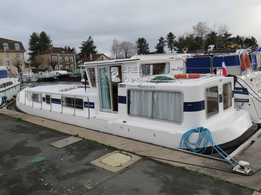 Locaboat Penichette 1107 Free Mooring For 2019, Start Pack & Rental Revenus Possible