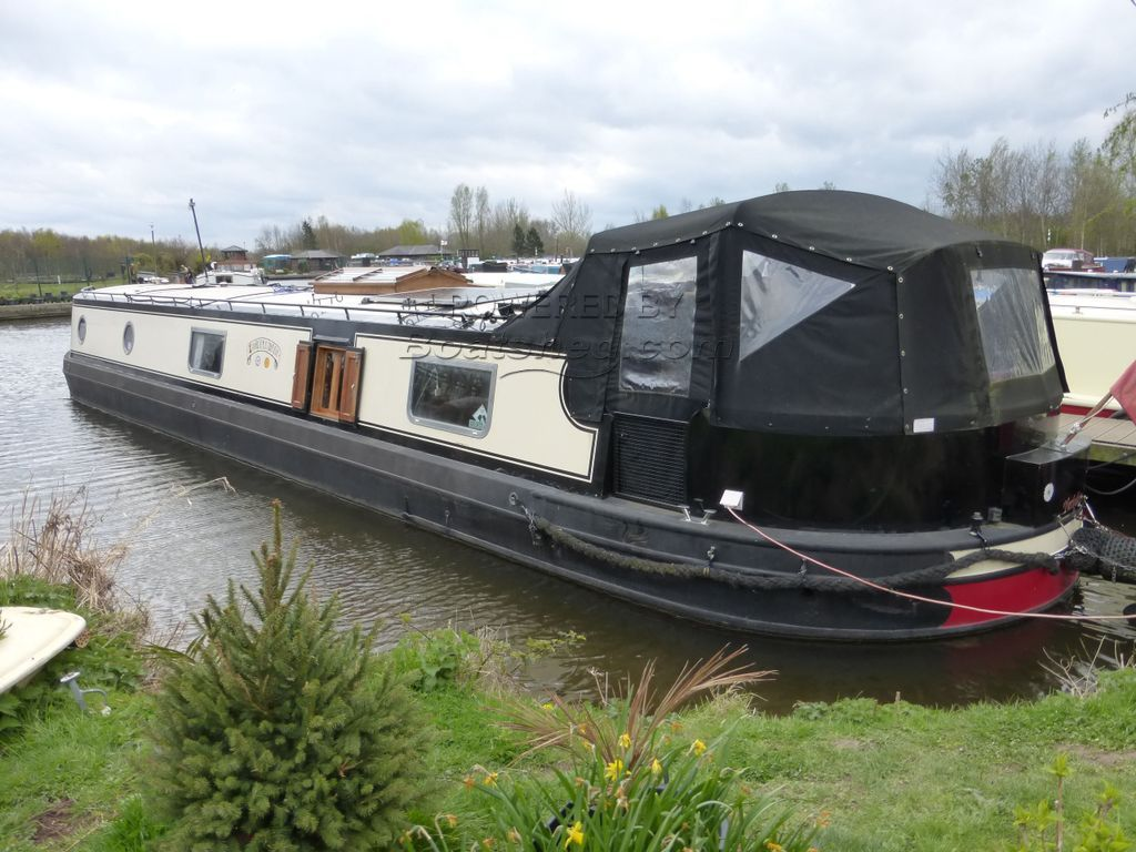 Burscough 58ft Widebeam Reverse Layout