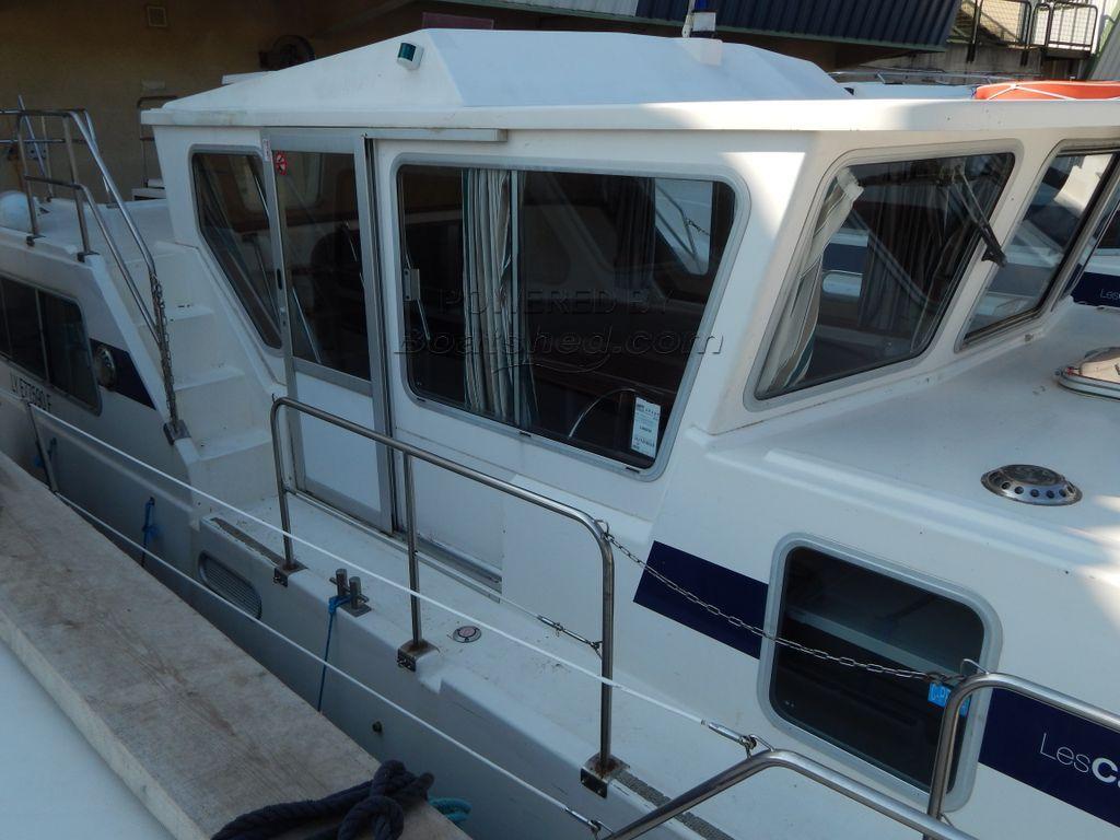 Locaboat Penichette 1160 Ex Hire Cruiser