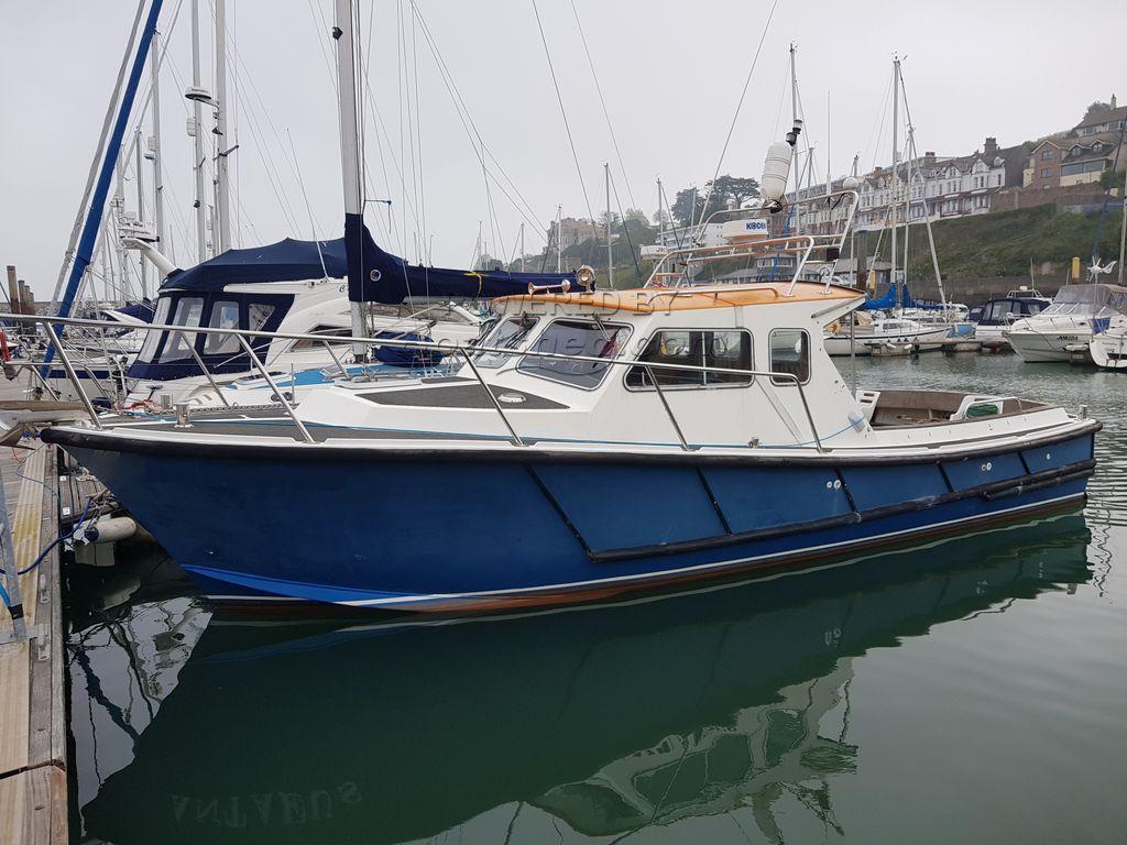 Lochin 33 Extended Wheelhouse