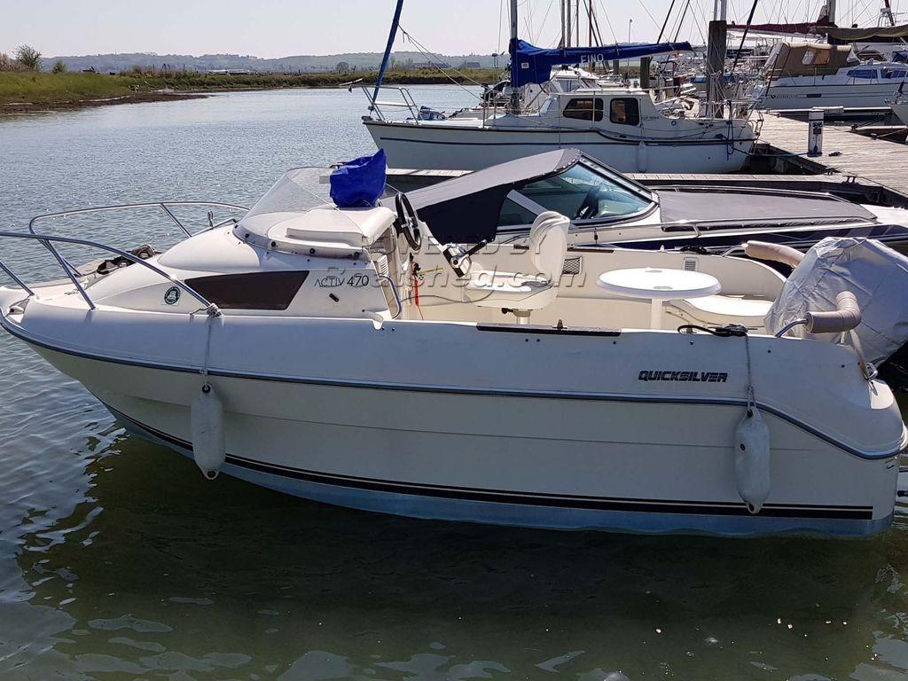 Quicksilver 470 Cruiser Cabin