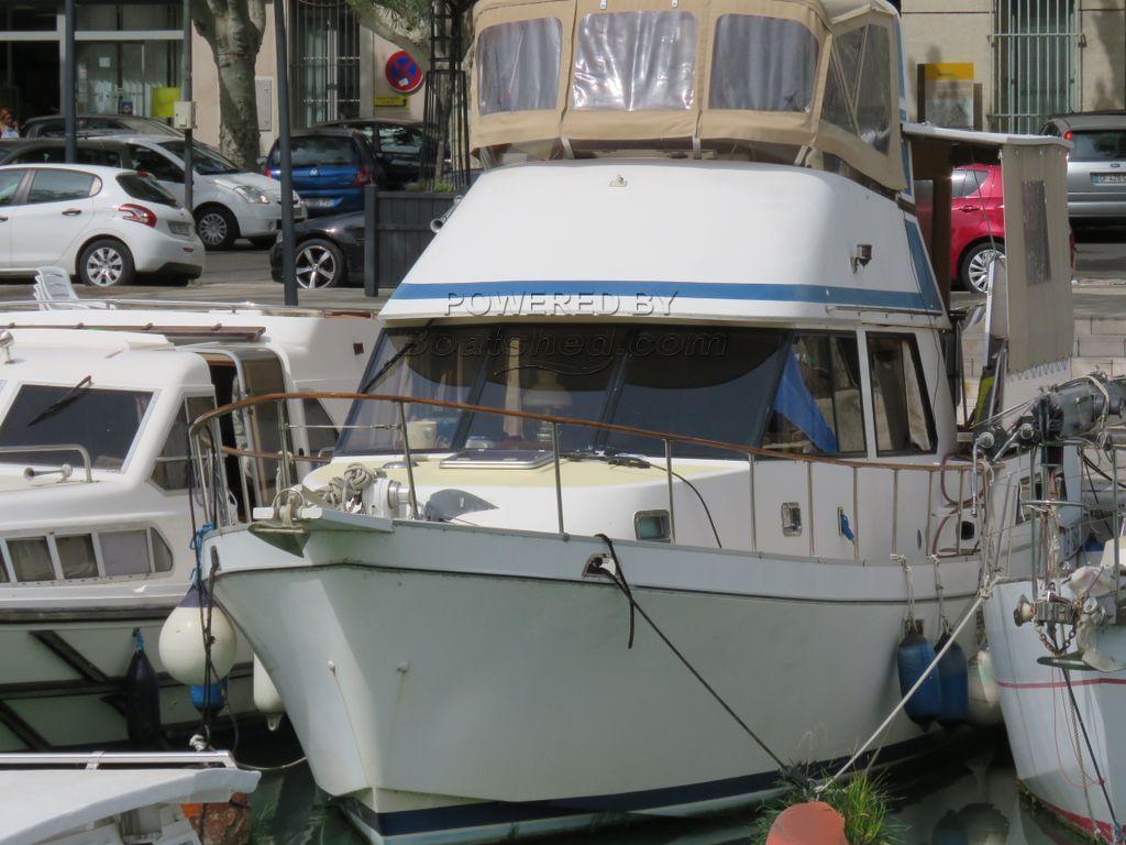 Golden Star Trader Sun Deck 40 Live Aboard Trawler