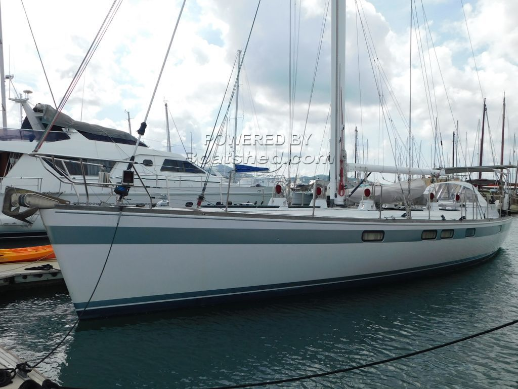 Deerfoot 61 Sloop