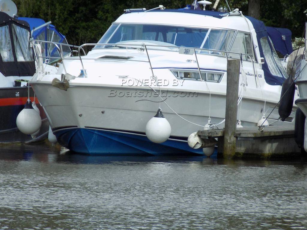 Hardy Seawings 305 Aft Cabin