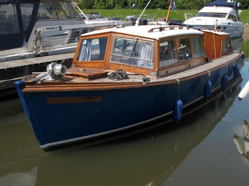 Osborne Ex-Police Boat