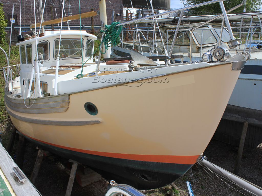 Fisher 25 Ketch