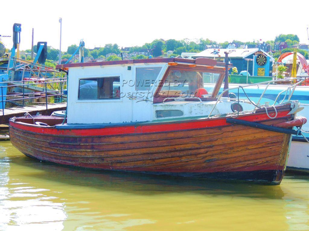 Clinker Cabin Cruiser 25ft