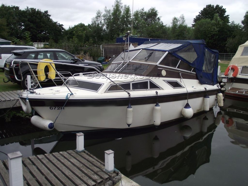 Fairline Holiday Mk 111
