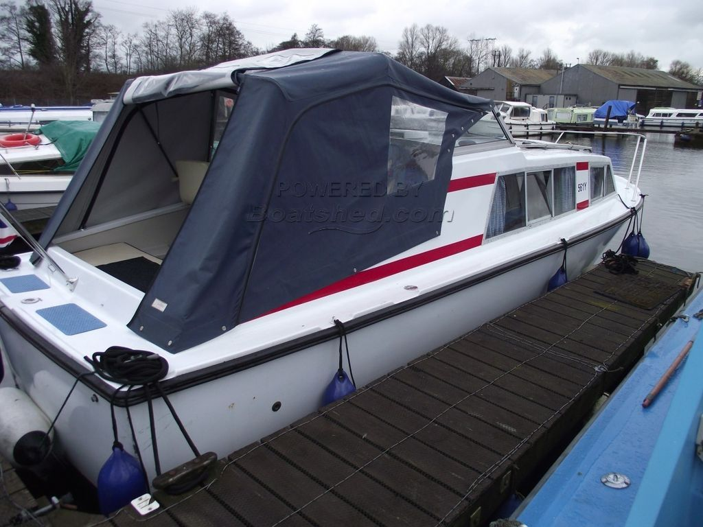 Bounty 27 Aft Cockpit River Cruiser